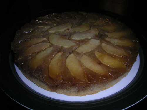 apple-cinnamon-upside-down-cake.jpg