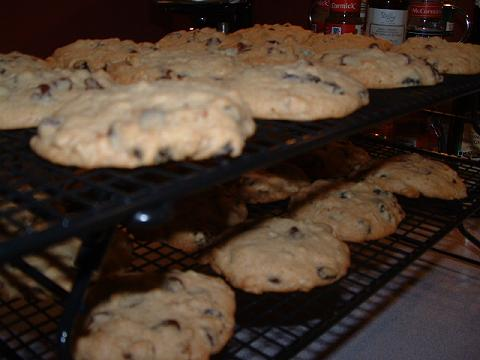 kitchen-sink-cookies-small.jpg
